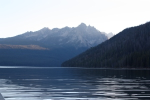 redfish lake sawtooth mountains idaho